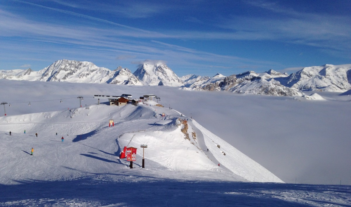 Courchevel Summit Cloud Inversion